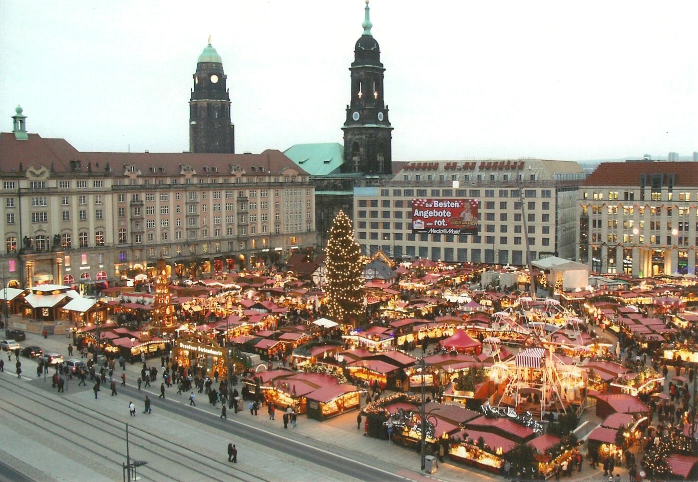 Deutschlands ältester Weihnachtsmarkt von oben